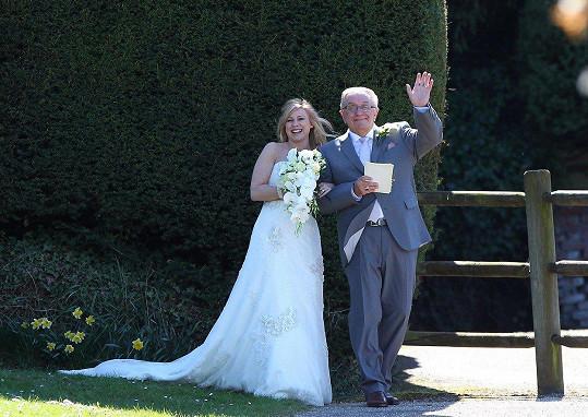 Pete se v roce 2013 oženil s Melanií. Dělí je od sebe 25 let.