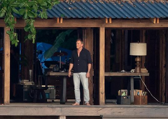 Jean-Charless Rousseau je dublérem představitele hlavní role Bonda Daniela Craiga (na snímku).