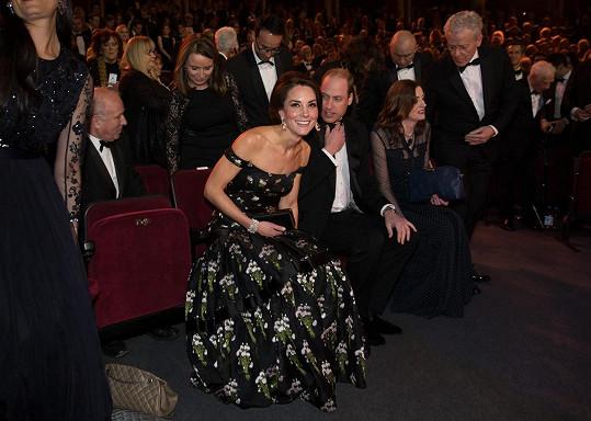 Pro královský pár byla pochopitelně vyhrazena místa v první řadě.