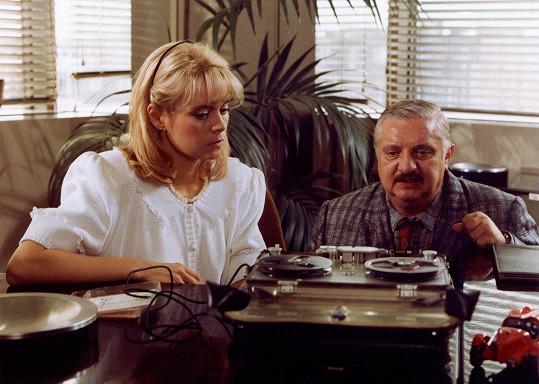 Miroslava Šafránková hrála i v seriálu Arabela se vrací. Na snímku s Marianem Labudou (1993)