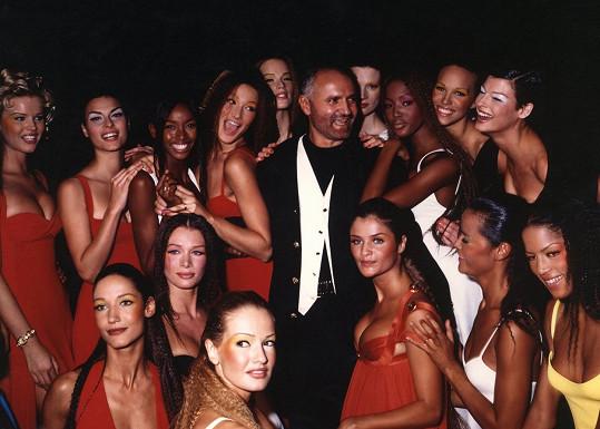 Obě krásky se znají už z 90. let, kdy působily ve stejné branži a předváděly například pro Gianniho Versace.