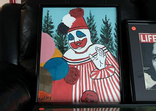 John Wayne Gacy ve vězení maloval a obrazy prodával. Přezdívalo se mu Klaun zabiják.
