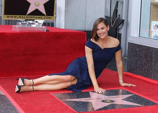 Jennifer Garner má hvězdu na hollywoodském chodníku slávy.