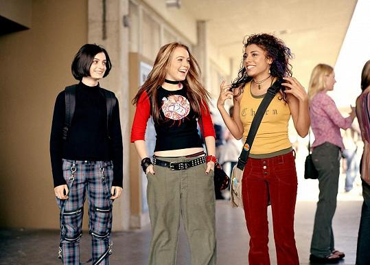 Christina Vidal (vpravo) ztvárnila Maddie, nejlepší kámošku Lindsay Lohan v komedii Mezi námi děvčaty.