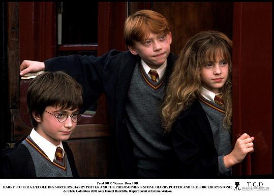 Pro kariéru Watson byla zásadní role čarodějky Hermiony v sáze o Harrym Potterovi. Na snímku s Danielem Radcliffem (vlevo) a Rupertem Grintem