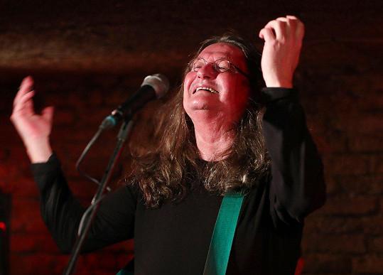 Ivan Hlas se bál, že už nikdy nebude moct zpívat.