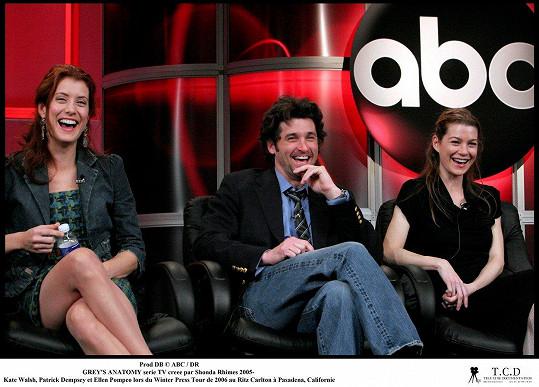 S kolegy Kate Walsh a Patrickem Dempseym během propagace seriálu v roce 2006