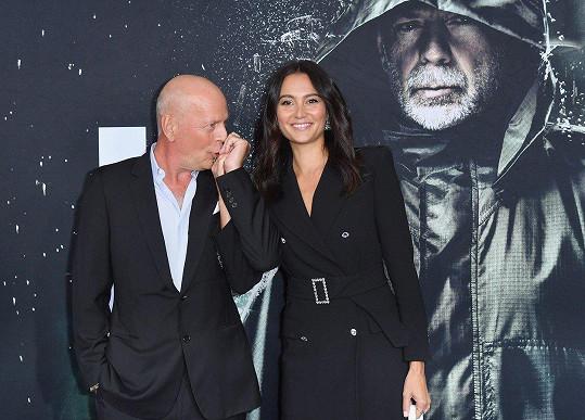 Bruce Willis a jeho žena Emma si znovu řekli svá ano.