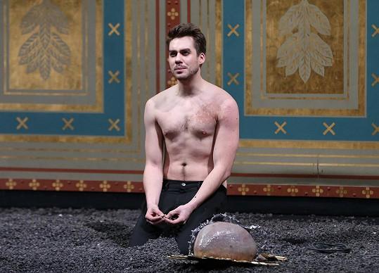 Patrik Děrgel na jevišti Národního divadla
