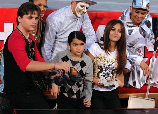 Michael Jackson po sobě zanechal tři děti.