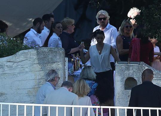 Mezi svatebčany nechyběl sir Richard Branson.