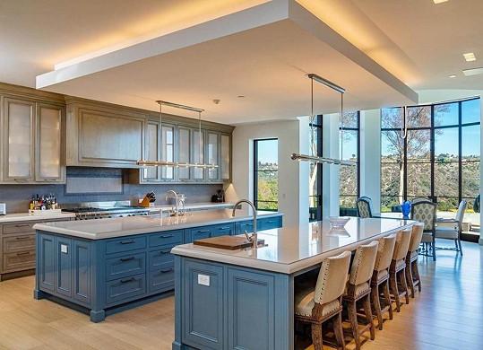 Kuchyně s ostrůvky