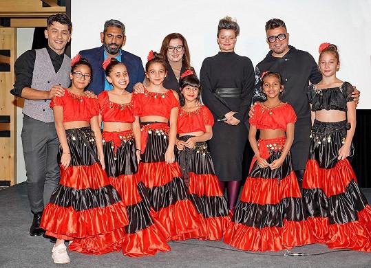 Na křtu kalendáře s dalšími celebritami, které projekt podpořily.