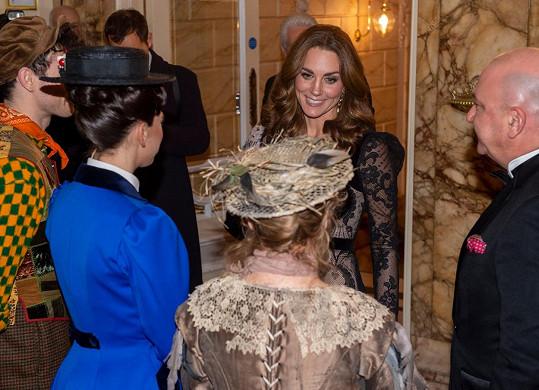 S účinkujícími si Kate a William později i popovídali.