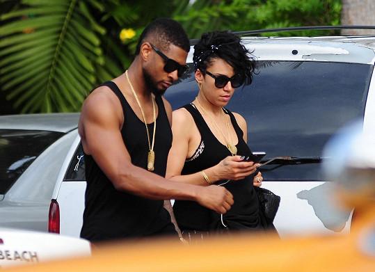 Usher randí s Grace už od roku 2009.