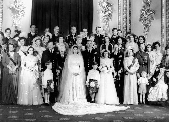Oficiální fotografie z roku 1947