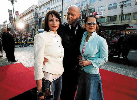 Hvězdy Románu pro ženy Zuzana Kanócz, Marek Vašut a Laďka Něrgešová v roce 2005