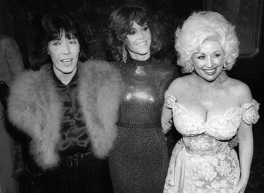 S Lily Tomlin (vlevo) a Jane Fondou (uprostřed) na premiéře společného snímku Od devíti do pěti.