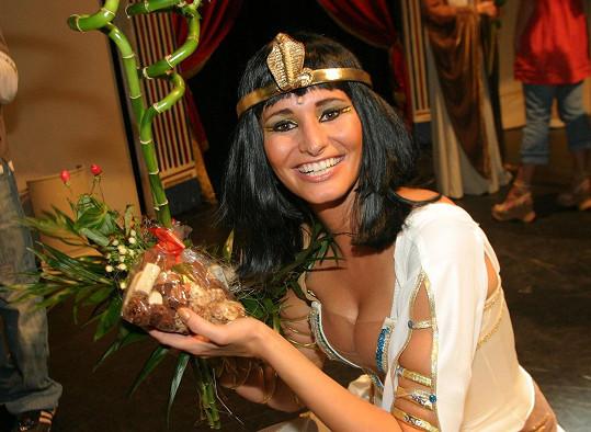 Monika Absolonová v roce 2006 coby Kleopatra. To měla paruku.