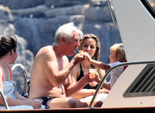 Richarde, udělej ham, jako by říkal malý Albert.