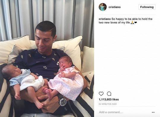 Cristiano Ronaldo využil náhradní matky hned dvakrát.
