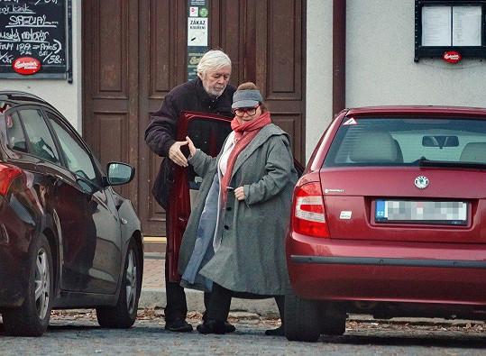 Libuše Šafránková slavila s manželem Josefem Abrhámem jeho narozeniny.