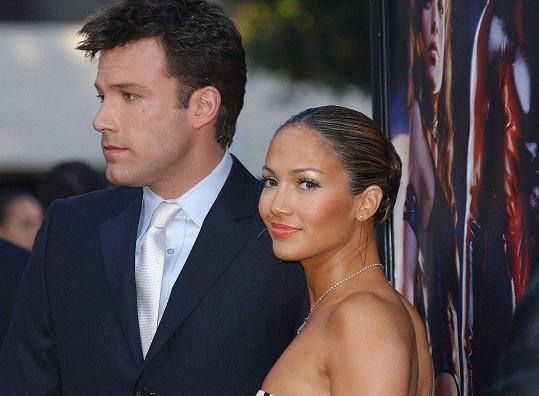 Ben Affleck požádal Jennifer o ruku s prstenem v hodnotě zhruba 57 miliónů.