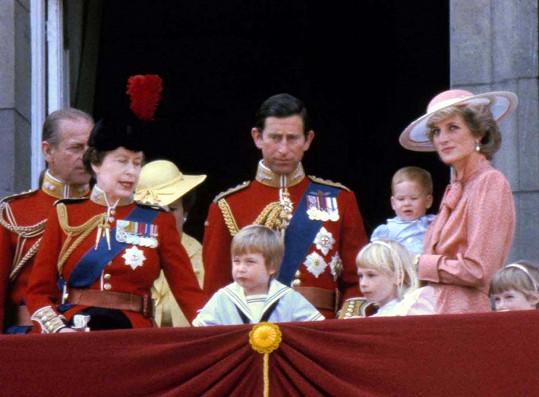 Narozeniny královny v roce 1985 už se nesly v duchu manželské krize.