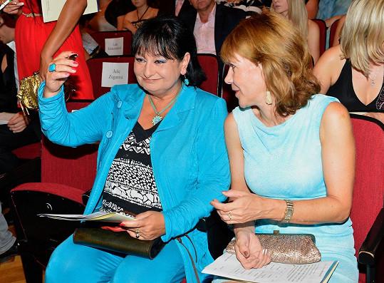 Eva Jurinová a Michaela Dolinová na archivním snímku