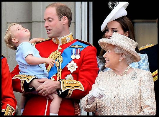 """""""Gan Gan"""", jak ji oslovoval George, je nejdéle vládnoucí panovnicí v Británii."""