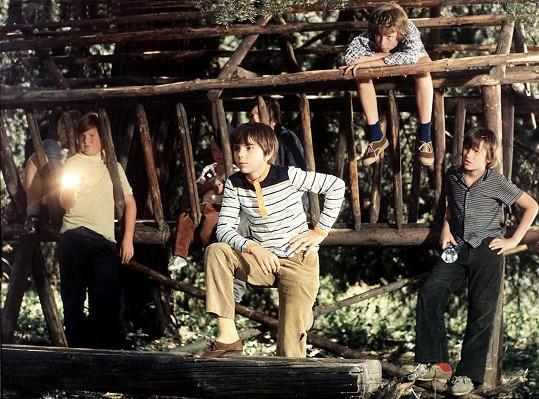 Jiří Procházka v roce 1976 při natáčení Ať žijí duchové!. V dětství ztvárnil bezmála dvacet filmových či televizních rolí.