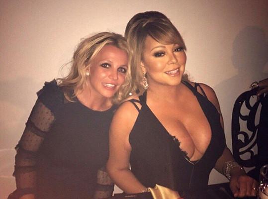 Britney a Mariah na společné selfie