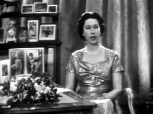 Její projevy začala vysílat televize v roce 1957.