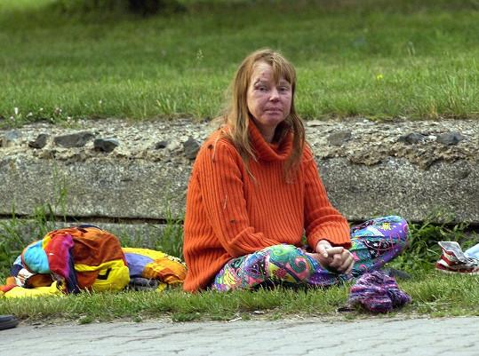 Lenka Kořínková si v roce 2006 ustlala ve škarpě.