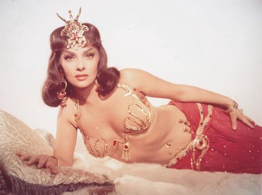 Gina ve filmu Král Šalamoun a královna ze Sáby (1959)