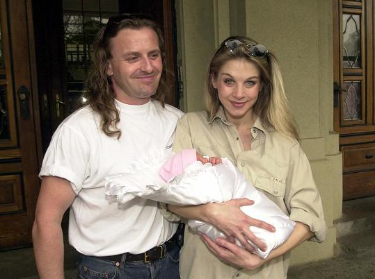 S bývalou partnerkou Sabinou Laurinovou má dceru Valentýnu.