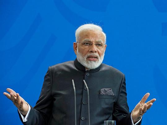 Nárendra Módí dorazil do Německa v politických záležitostech.