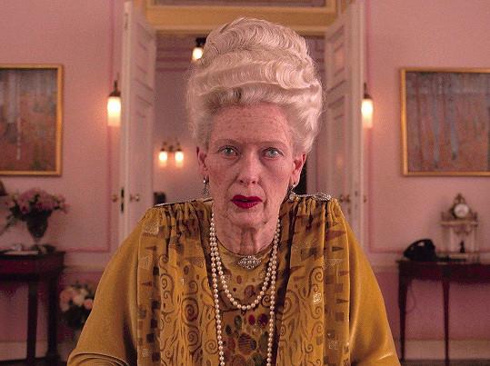 Tilda Swinton ve filmu Grandhotel Budapešť