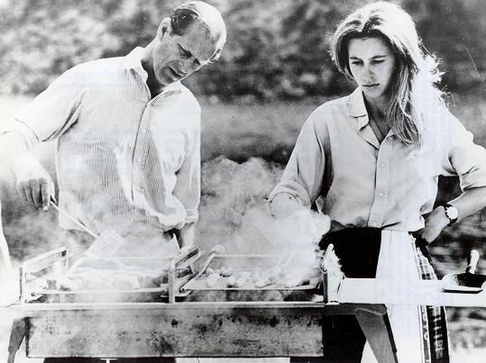 Princ Philip a princezna Anne v 70. letech na zámku Balmoral, letním sídle královny.