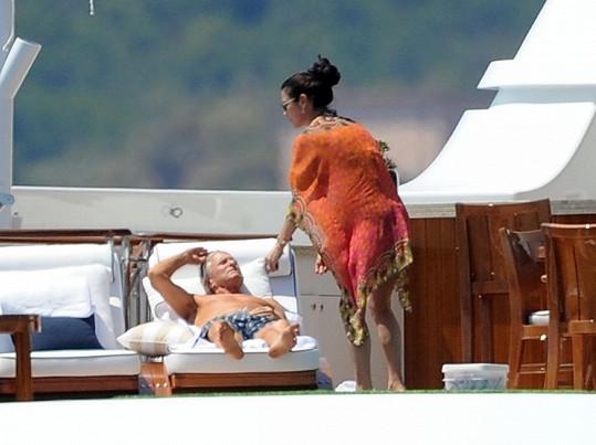 Michael Douglas s Catherine Zetou-Jones odjeli na Sardinii.