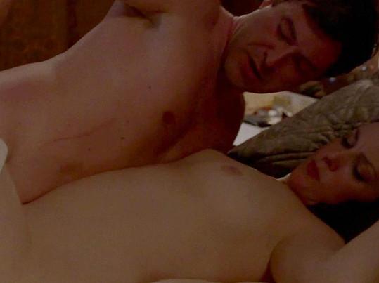 Herečka se v novém seriálu odvážila k postelové scéně.