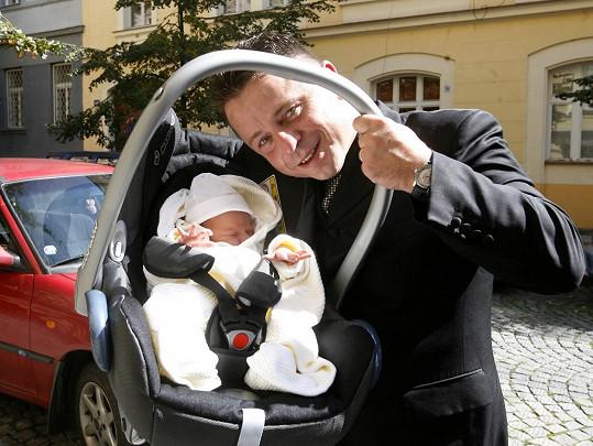 V září 2006 se Mukovi narodila dcera Noemi.