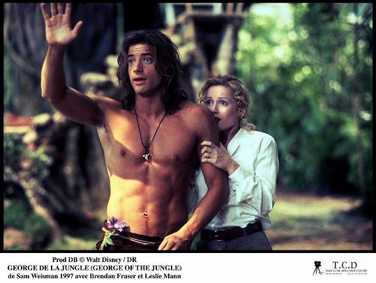 Leslie Mann s Brendanem Fraserem ve filmu Král džungle z roku 1997