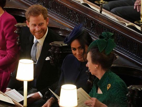 Vévoda a vévodkyně ze Sussexu pohovořili i s tetou, princeznou Annou.