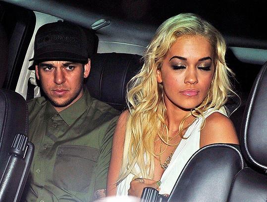 Rita Ora randila s Robem Kardashianem