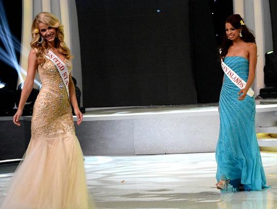 Olivia není nováčkem na soutěžích krásy ani na červených kobercích. Zde během klání Miss World 2013.