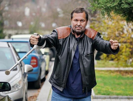 Pomeje byl převezen do Nemocnice Na Pleši, kde bude dál bojovat s rakovinou.