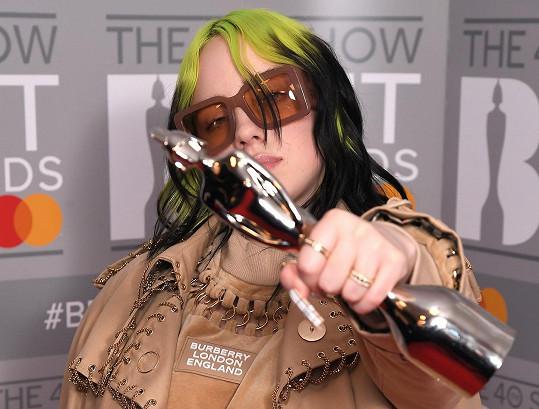 Z Brit Awards si odnesla cenu za nejlepší mezinárodní zpěvačku.