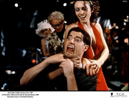 Populární je i film, v němž jako Elliot uzavře smlouvu s ďáblem (Liz Hurley). Bylo to v roce 2000.