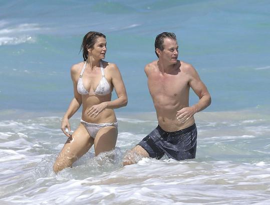Cindy s manželem Randem Gerberem, s nímž má dvě děti.